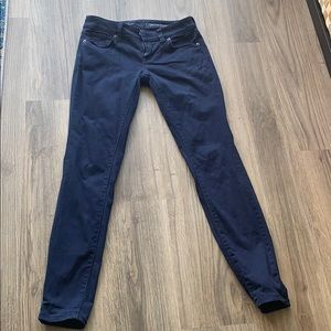 The limited skinny navy pant